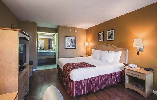 Zimmer Quality Inn Branson - Hwy 76 Central