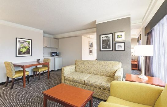 Suite La Quinta Inn Ste New Orleans Airport