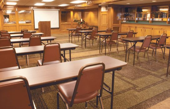 Conference room La Quinta Inn by Wyndham Austin Capitol / Downtown La Quinta Inn by Wyndham Austin Capitol / Downtown