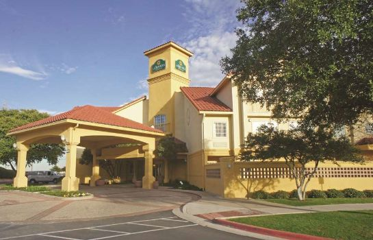 Außenansicht La Quinta Inn and Suites Austin at The Domain
