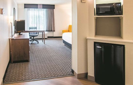 Zimmer La Quinta Inn and Suites Fort Worth Southwest