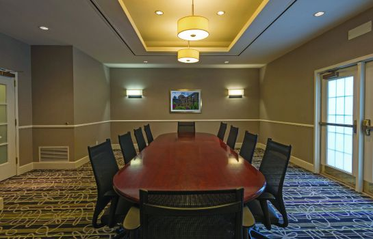 Conference room La Quinta Inn Ste Airport