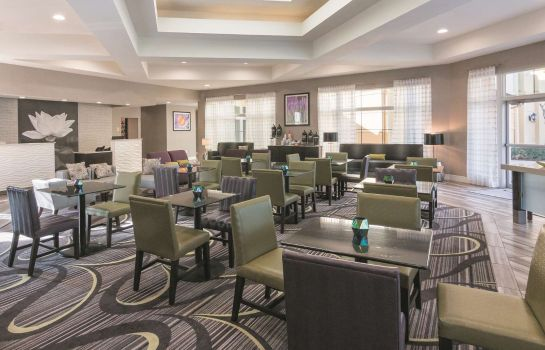 Restaurant La Quinta Inn Ste Orlando Airport North