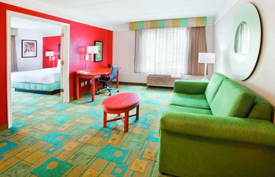 Suite La Quinta Inn and Suites Charlotte Airport South