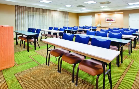 Sala konferencyjna La Quinta Inn and Suites Charlotte Airport South