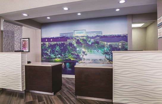 Hotelhalle La Quinta Inn Ste Dallas Plano West