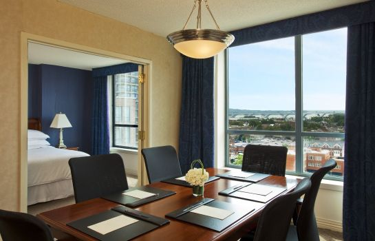 Zimmer Sheraton Suites Old Town Alexandria