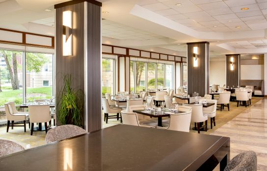 Restaurant Sheraton Suites Chicago Elk Grove