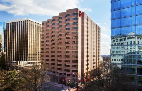 Außenansicht Sheraton Suites Wilmington Downtown