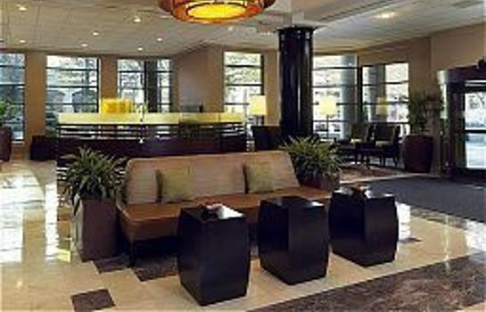 Vestíbulo del hotel Sheraton Suites Wilmington Downtown