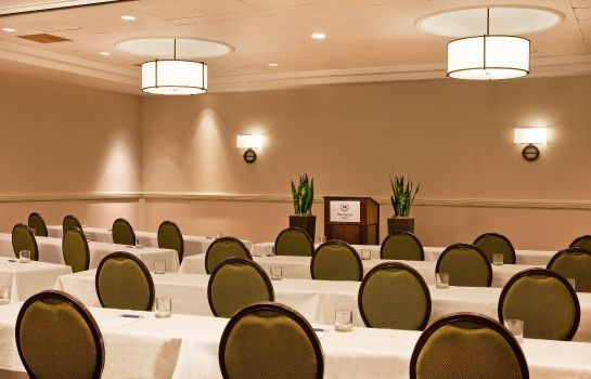 Conference room Sheraton Suites Country Club Plaza