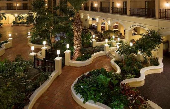 Hotelhalle Four Points by Sheraton Suites Tampa Airport Westshore