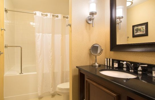 Zimmer DoubleTree Suites by Hilton Lexington