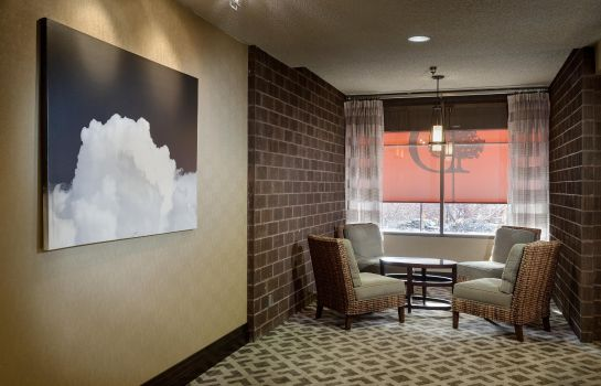 Lobby DoubleTree by Hilton Billings