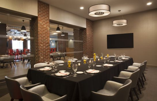 Restaurant Four Points by Sheraton Richmond
