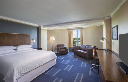 Suite Four Points by Sheraton Richmond