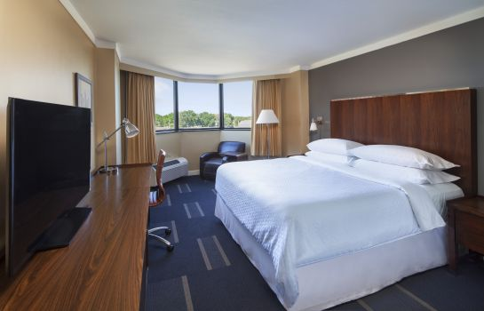 Zimmer Four Points by Sheraton Richmond