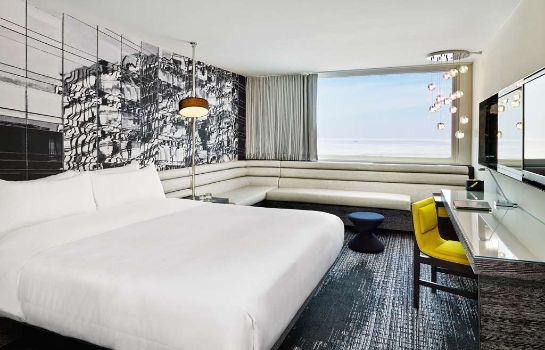 Room W Chicago - Lakeshore