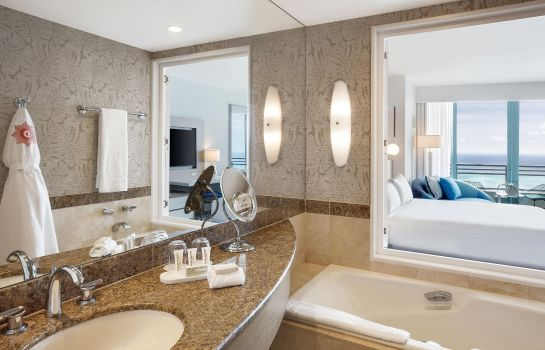 Suite Diplomat Resort Curio Hilton Hollywood