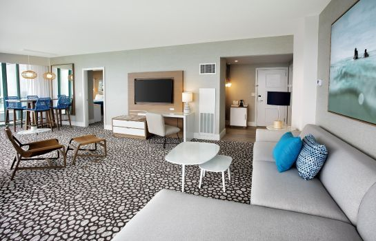 Suite Diplomat Beach Resort Hollywood Curio
