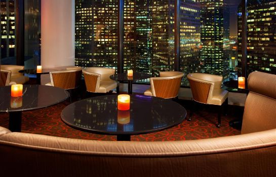 Hotel bar The Westin Bonaventure Hotel & Suites Los Angeles