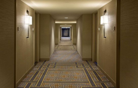 Hotelhalle DoubleTree by Hilton Chicago - Oak Brook