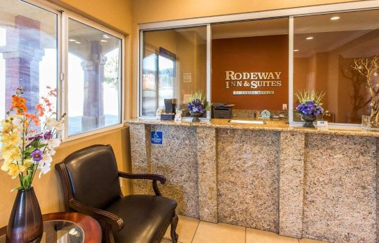 Hotelhalle RODEWAY INN AND SUITES CORONA
