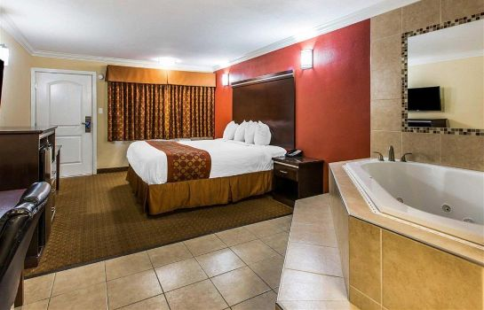 Suite RODEWAY INN AND SUITES CORONA