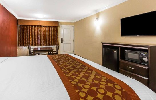 Room RODEWAY INN AND SUITES CORONA RODEWAY INN AND SUITES CORONA