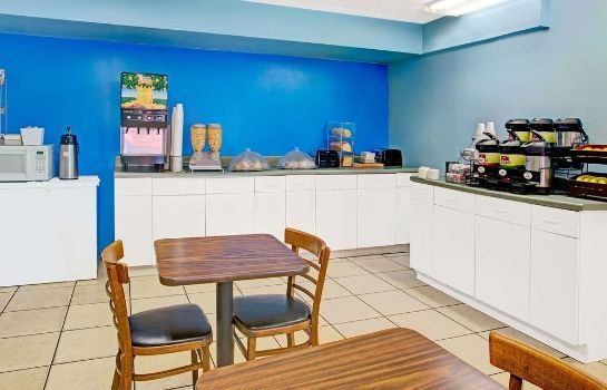 Info Travelodge Suites East Gate Orange