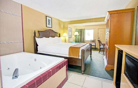 Pokój standardowy Travelodge Suites by Wyndham Kissimmee Orange