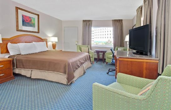 Room TRAVELODGE ORLANDO DOWNTOWN CE
