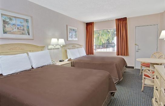Zimmer TRAVELODGE ORLANDO DOWNTOWN CE