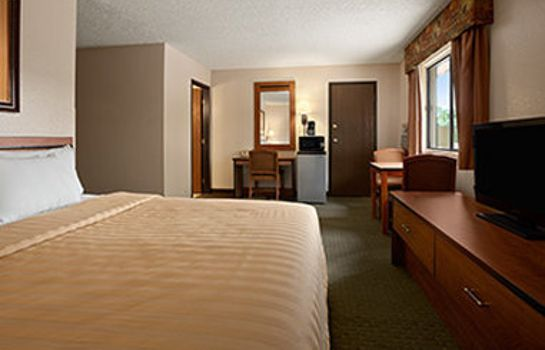 Zimmer TRAVELODGE COLORADO SPRINGS - 10607