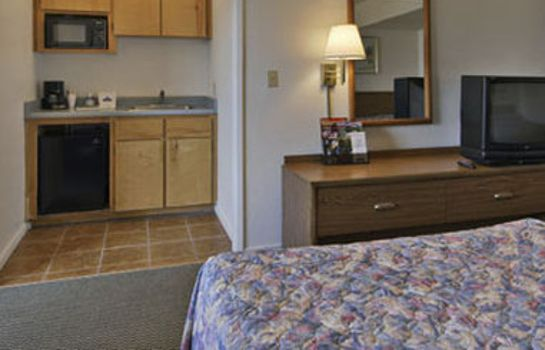 Zimmer TRAVELODGE FRESNO YOSEMITE