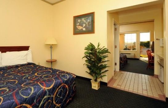 Camera Holiday Inn Express & Suites PIGEON FORGE - SEVIERVILLE