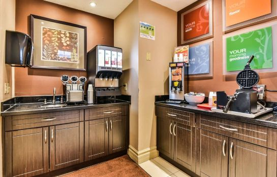 Restaurant Comfort Inn and Suites Ambassador Bridge