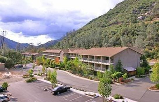 Exterior view YOSEMITE VIEW LODGE