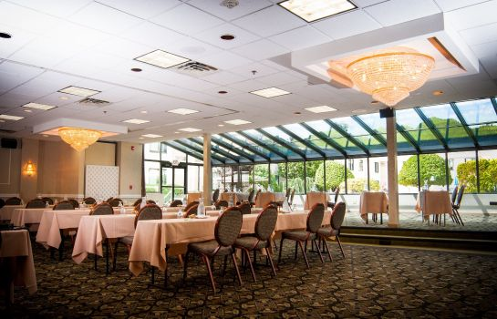 Information Holiday Inn HASBROUCK HEIGHTS-MEADOWLANDS