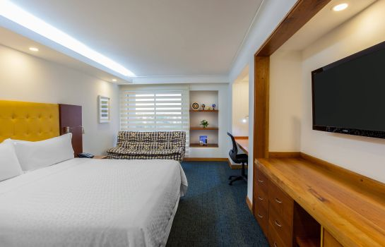 Zimmer Four Points by Sheraton Medellin
