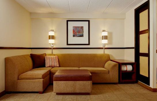Hall Hyatt Place Indianapolis Airport
