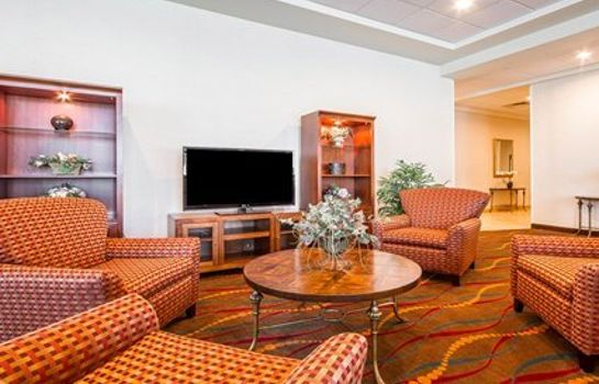 Hotelhalle Clarion Suites at the Alliant Energy Center
