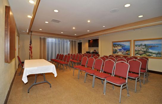 Conference room BW PLUS MERIDIAN INN ANDSUITES