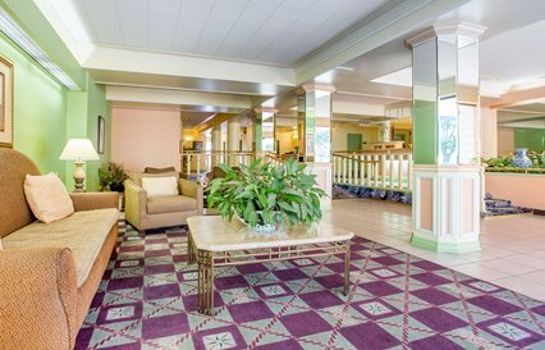 Hall Quality Inn Madera