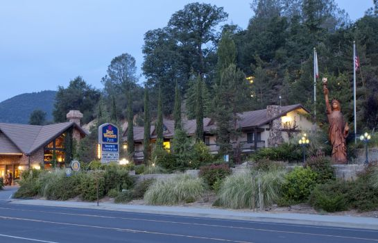 Exterior view BW PLUS YOSEMITE GATEWAY INN