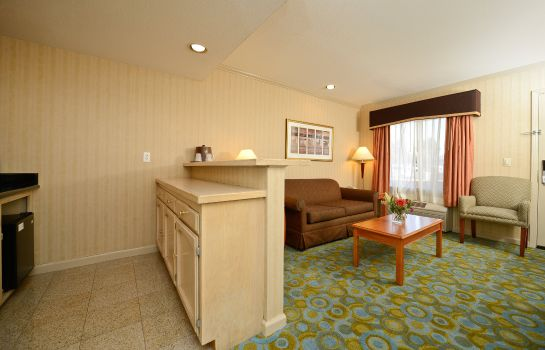 Zimmer BW PLUS EXECUTIVE SUITES