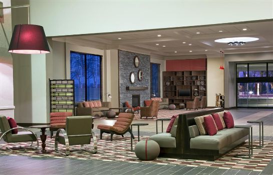 Lobby Four Points by Sheraton Bentonville