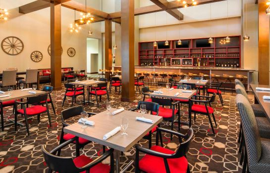 Restaurant Four Points by Sheraton Bentonville