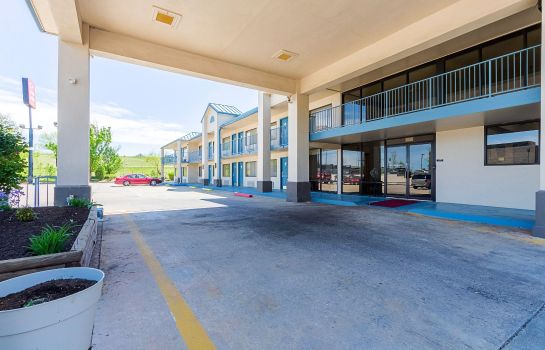 Außenansicht Econo Lodge Inn and Suites Bentonville -