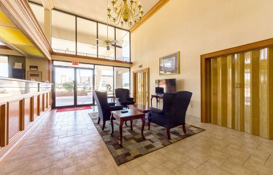 Lobby Econo Lodge  Inn & Suites